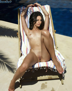 88sr51qii5q4 t Mila Kunis Fake Nude and Sex Picture