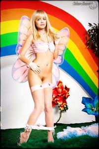 xnw9oiwdx9p8 t Mena Suvari Fake Nude and Sex Picture