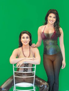 Kareena Kapoor Nude Enjoying Lesbian Sex With Karishma n Bipasha [Fake]