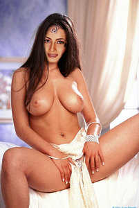 Dia Mirza Nude Showing Her Pussy Fake
