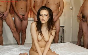 tngciw943uv1 t Kristen Stewart Nude Possing her Boobs n Pussy [Fake]