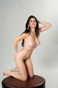 Katrina Kaif Nude Possing her Naked Boobs n Pussy [Fake]